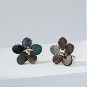 Loft crystal flower stud earring